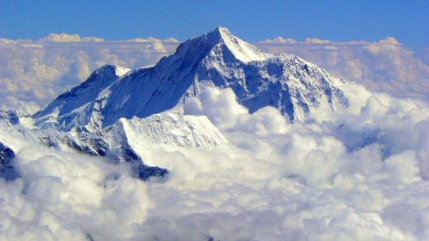Mount Everest, 8 850m